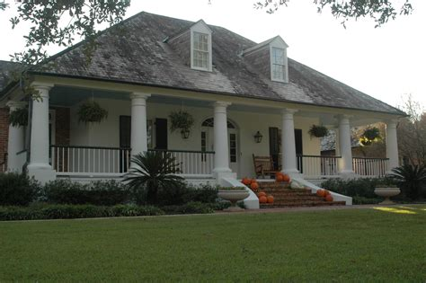 acadian style louisiana acadian style houses with porches home plans 2