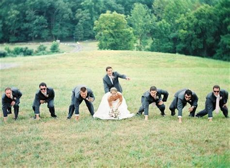 The Funniest Wedding Photo Ideas