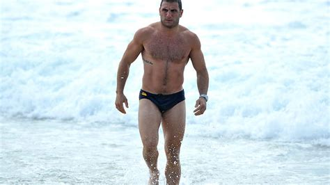 robbie in speedo video a girls only guide to state of origin rugby league mum s