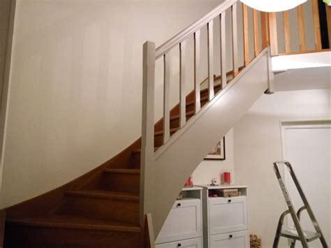 Peindre Escaliers Bois by Comment Repeindre Facilement Un Escalier En Bois