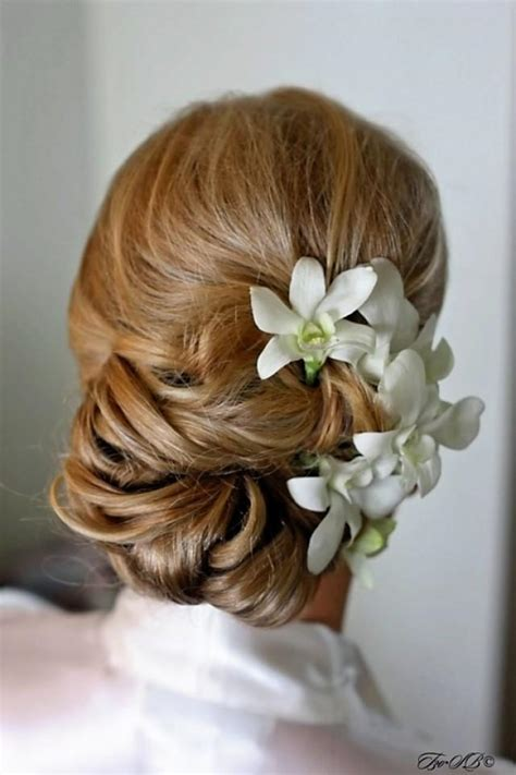 Wedding Hairstyles Low Buns by 20 Ways To Dress Up Your Low Bun Styles Weekly