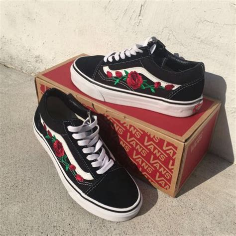 Vans Skool Flower authentic vans the wall skool flower embroidery