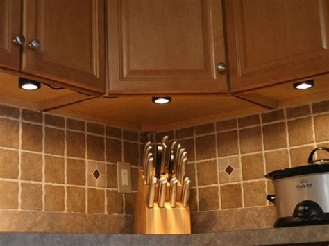 Kitchen Cabinet Lighting by Installing Under Cabinet Lighting Kitchen Ideas Amp Design
