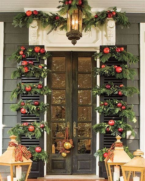 40 fantastic christmas door decorating ideas interior vogue