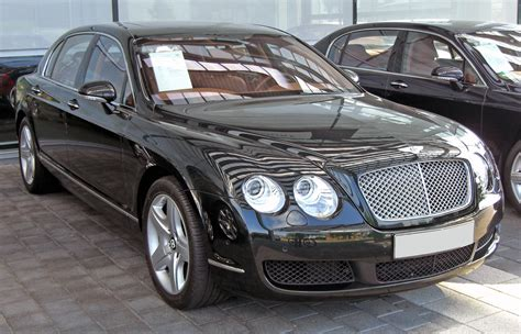 hovering bentley bentley flying spur v8 image 78
