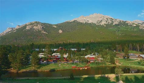 guest ranches cabins near rocky mountain parks