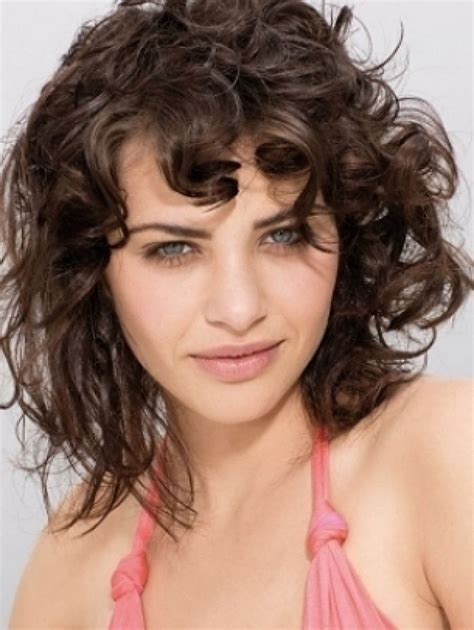 best hairstyles for thin frizzy hair most endearing hairstyles for fine curly hair fave