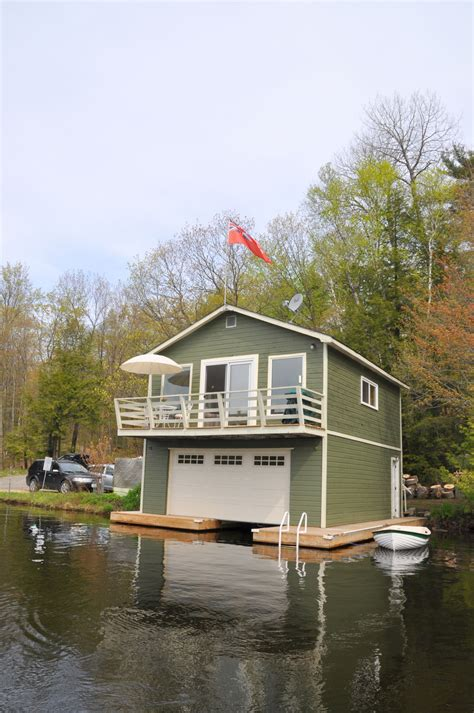cottage 704 for rent on otter lake near parry sound in