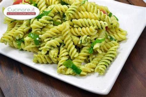 spinaci cucinare pasta con pesto di spinaci cucinare it