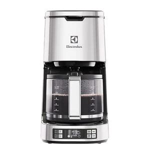 Daftar Coffee Maker Electrolux electrolux coffee maker espresso machine expressionist collection ecm7804s