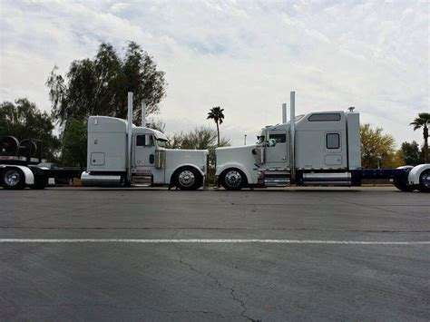 kenworth vs peterbilt peterbilt vs kw big rigs