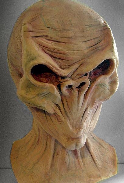 doctor   silence silent overhead latex mask