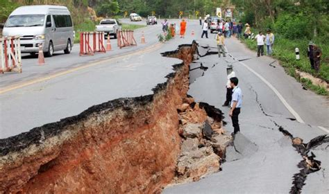 earthquake thailand disastrous earthquakes and aftershocks strikes northern