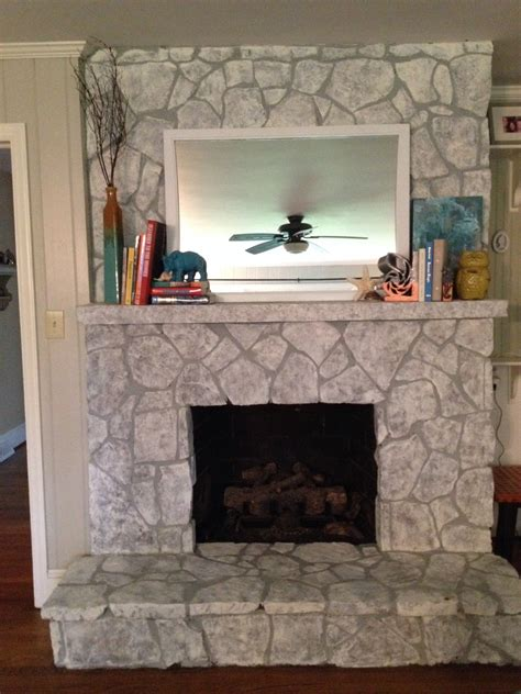 Painting Marble Fireplace by Painting A Fireplace Finally I Did It