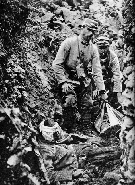 résumé un simple soldat m 233 morial des braspartiates dans la grande guerre 1915 page 1