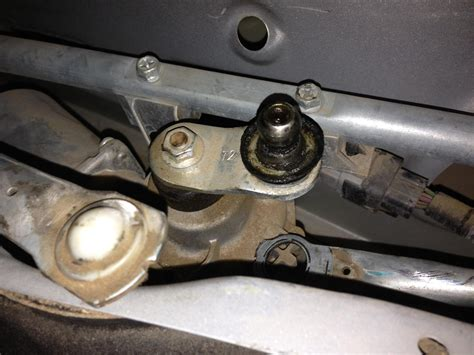 repair windshield wipe control 2011 gmc canyon engine control worn windshield wiper linkage keeps popping off 2007 chevy aveo