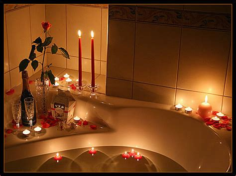 romantic candlelit bedroom romantic bathtub