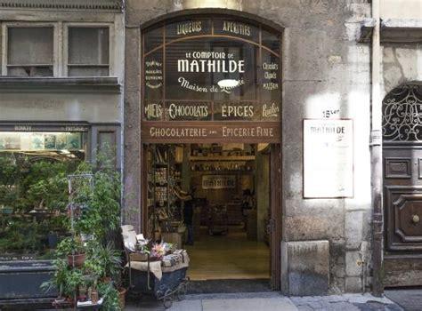 comptoir de mathilde lyon une des facades photo de le comptoir de mathilde