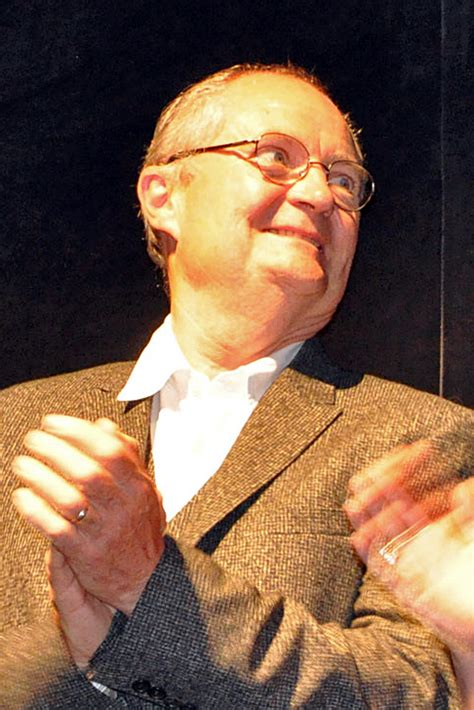 exle biography wikipedia jim broadbent wiki bio everipedia