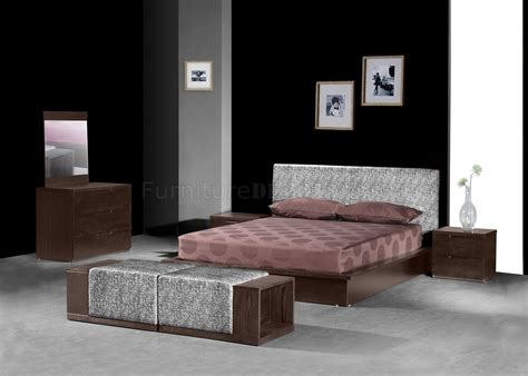 modern brown bedroom modern chocolate brown bedroom w storage platform bed