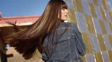 garnier fructis female hair model moroccan oil hair treatments moroccanoil intense hydrating