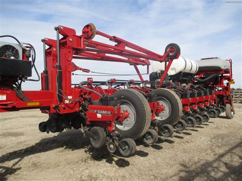 Deere 1250 Planter by 2013 Ih 1250 Planting Seeding Planters