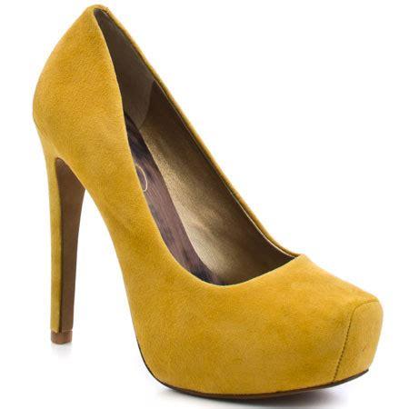 hammers  high heels head  heels friday decorating