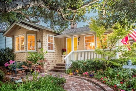 Tour This Carmel By The Sea Cottage For Sale Sea Cottages