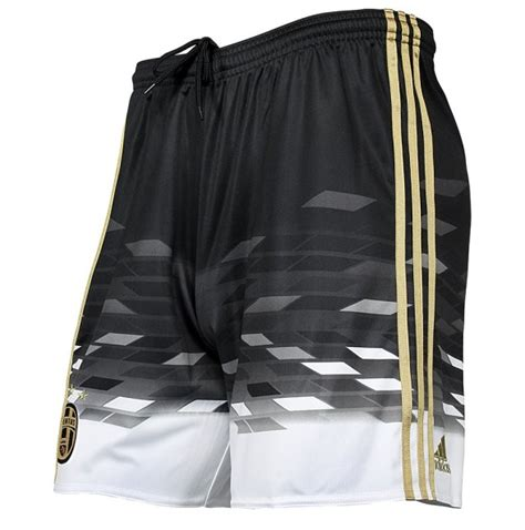 Shorts Go Juventus Home 2 look play a look back at juventus black and