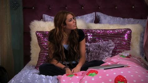 hannah montana bedroom hannah montana images hannah montana wallpaper photos