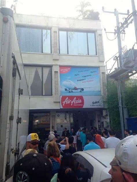 airasia office bali mandurah teachers hope for bali departure before start of