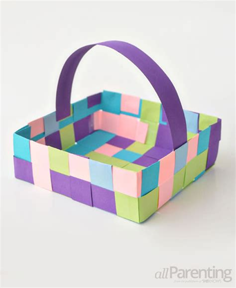 weaving paper basket