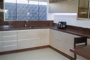 Country Kitchen Designs With Islands Wibamp Com Cozinha Planejada Branco E Marrom Id 233 Ias Do