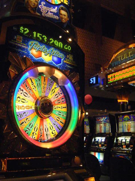 casino game wheel  fortune slot machine game   ta flickr