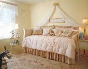 Children S Vintage Bedroom Ideas World Enchantment Bedroom Decorating Idea