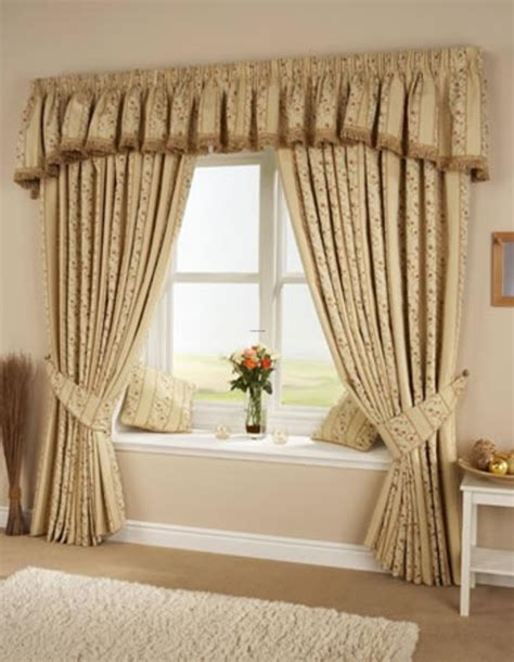 Living Room Window Curtains Ideas