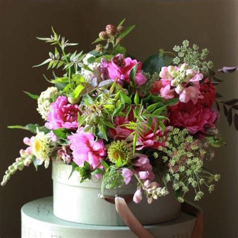 cottage garden bouquet the real flower company pink cottage garden bouquet http