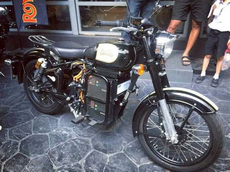 Indian Diesel Motorrad by Would You Buy An Electric Royal Enfield Classic 500