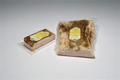 cassetta salumi lardo della valnerina alle erbe aromatiche cassetta salumi