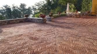 pavimenti a basso costo costo piastrelle per esterni pavimenti per esterni