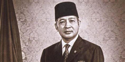 biografi presiden soeharto harian sejarah