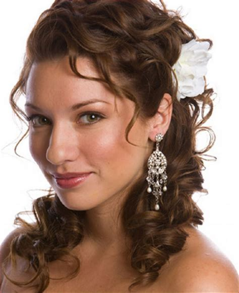 Wedding Hairstyles Curly Medium Length Hair by Wedding Hairstyles For Thick Curly Hair Hairstyles