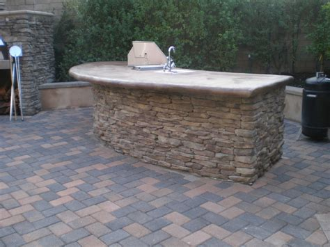 The Patio Island by Outdoor Fireplace Pizza Oven Bbq Island And Paver Patio