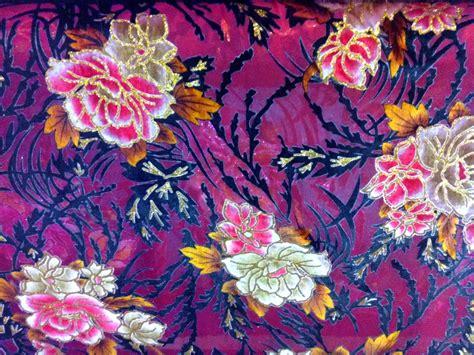 Segiempat Satin Emboss Jacquard Silk 10 silk velvet fabric handcut cotton fabric velvet satin materials jacquard brocade violet