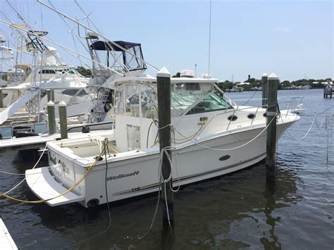 wellcraft cuddy cabin boats for sale 2002 used wellcraft 330 coastal cuddy cabin boat for sale