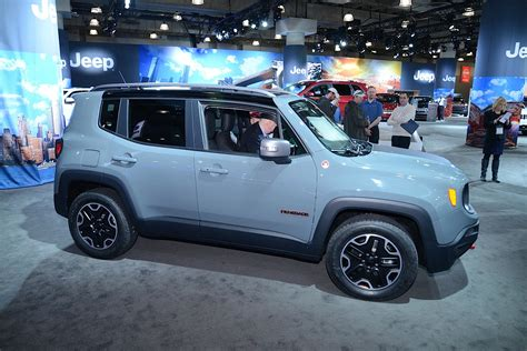 Who Makes Jeep 2015 Jeep Renegade Makes American Premiere In New