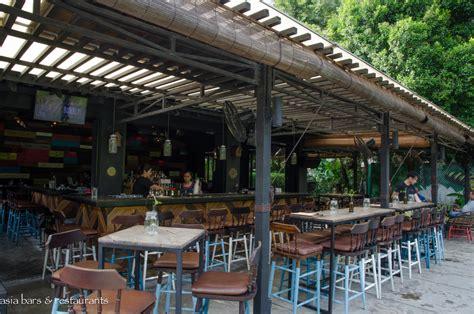 green door garden bar restaurant dempsey hill