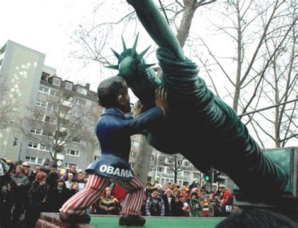 Obama Parade Float Parade Float Depicts Obama In Toilet Democratic
