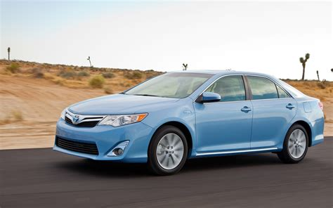 Toyota Camry 2012 Xle 2012 Toyota Camry Hybrid Xle Front Three Quarters In