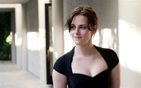 biography movies hollywood list kristen stewart hot pics near nude photos images